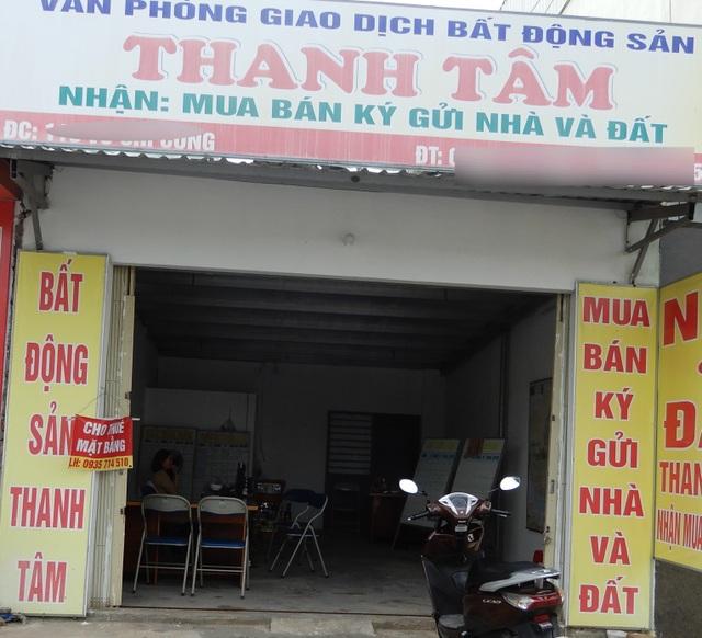 Đà Nẵng: Sau bão lũ và Covid-19, các sàn giao dịch bất động sản vắng tanh - 1
