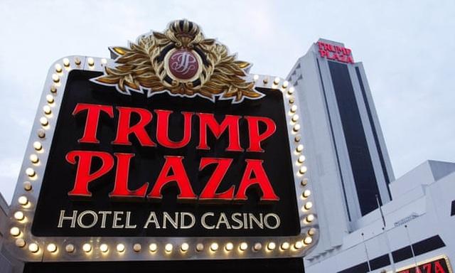 Thành phố Mỹ đấu giá quyền nhấn nút phá sập sòng bạc cũ của ông Trump - 1