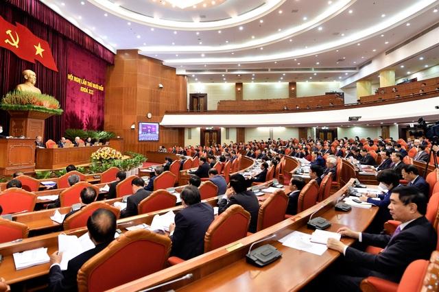 Trung ương bỏ phiếu giới thiệu nhân sự tham gia Bộ Chính trị khóa mới - 1