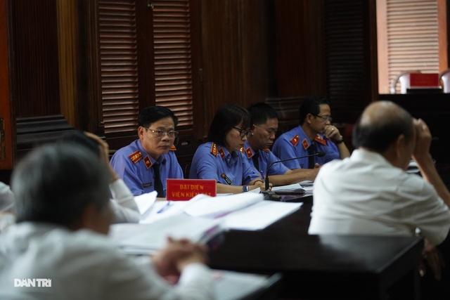 Đề nghị tuyên phạt bị cáo Đinh La Thăng 11 năm tù - 4