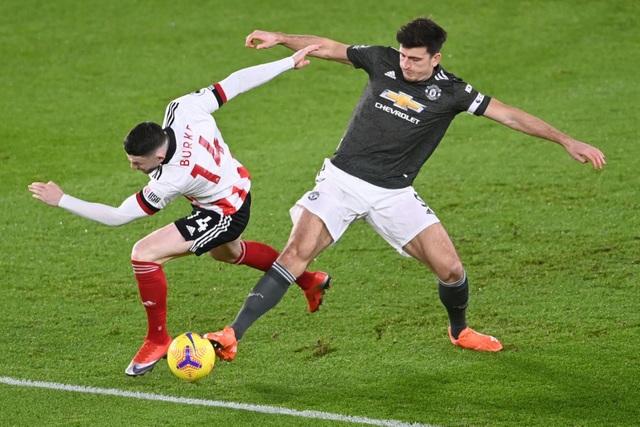 Những khoảnh khắc Man Utd vượt ải Bramall Lane thành công - 6