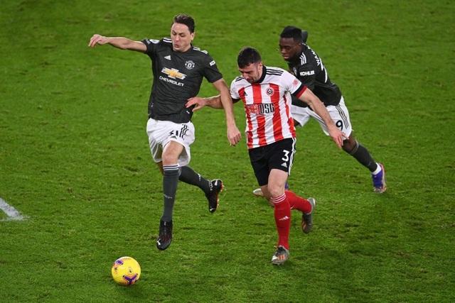Những khoảnh khắc Man Utd vượt ải Bramall Lane thành công - 16