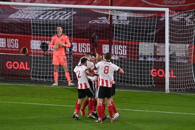 Những khoảnh khắc Man Utd vượt ải Bramall Lane thành công - 5
