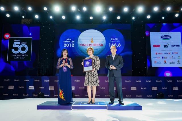 Vincom Retail nhận giải Top 10 thương hiệu dẫn đầu Việt Nam - 1