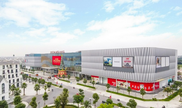 Vincom Retail nhận giải Top 10 thương hiệu dẫn đầu Việt Nam - 2
