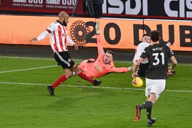 Những khoảnh khắc Man Utd vượt ải Bramall Lane thành công - 3