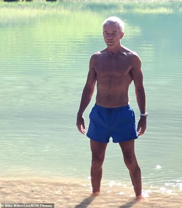 Ngưỡng mộ dáng vóc của nam người mẫu 67 tuổi  - 8