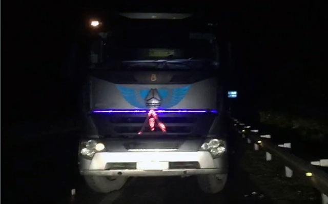 Xe tải chạy ngược chiều gần 30km trên cao tốc Nội Bài - Lào Cai - 1