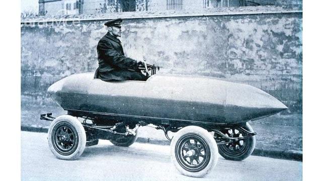 Chuyện thú vị về chiếc xe đầu tiên trên thế giới đạt tốc độ 100 km/h - 3