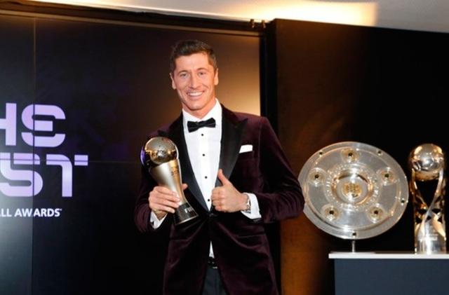 Lịch sử bóng đá sang trang: Khi Messi, C.Ronaldo chỉ là... vai phụ - 3