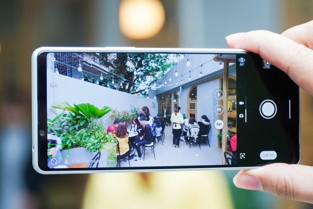 Trải nghiệm Xperia 1 II: đối thủ của Galaxy Note20 Ultra, iPhone 12 Pro Max - 7