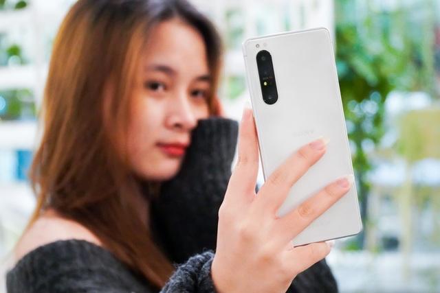 Trải nghiệm Xperia 1 II: đối thủ của Galaxy Note20 Ultra, iPhone 12 Pro Max - 9