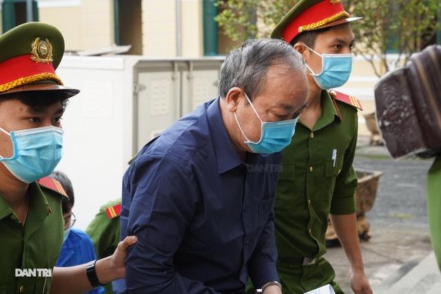 Ông Đinh La Thăng xin miễn truy cứu trách nhiệm hình sự cho cấp dưới - 4