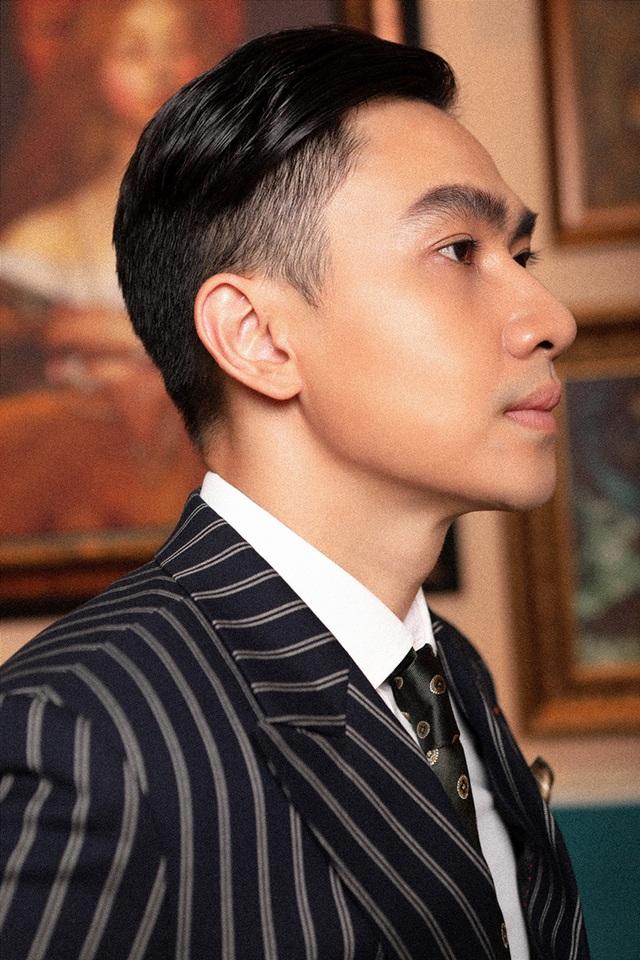 Tùng Lâm trưởng thành hơn với âm nhạc của Văn Cao, Phạm Duy