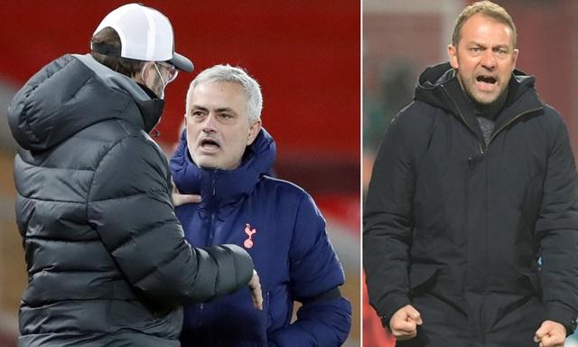 Phản ứng gay gắt của Mourinho khi nhìn Klopp nhận giải cao quý - 1