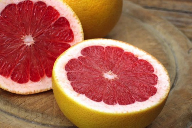 Ăn nhiều bưởi, cam giúp ngừa ung thư dạ dày, tụy - 1