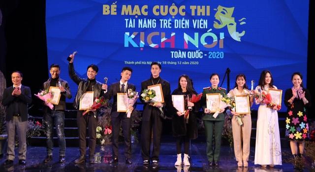 9 diễn viên trẻ đoạt Huy chương Vàng tại Tài năng trẻ diễn viên Kịch 2020 - 3
