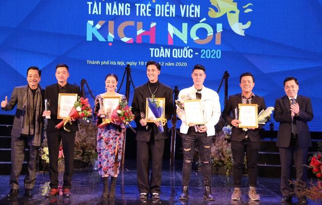 9 diễn viên trẻ đoạt Huy chương Vàng tại Tài năng trẻ diễn viên Kịch 2020 - 4