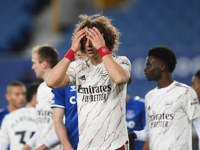 Everton 2-1 Arsenal: Holding đốt lưới nhà - 2