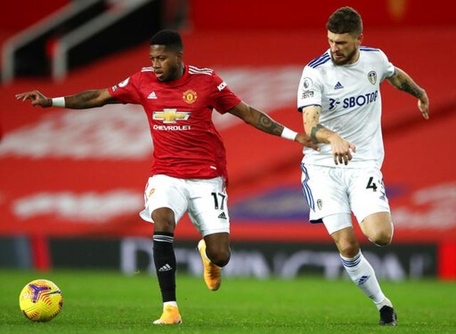 Man Utd 6-2 Leeds: Mưa bàn thắng ở Old Trafford - 17