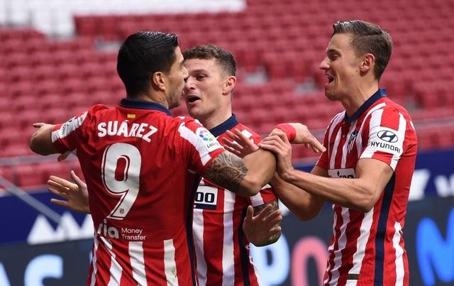 Luis Suarez lập cú đúp, Atletico tiếp tục dẫn đầu La Liga - 9