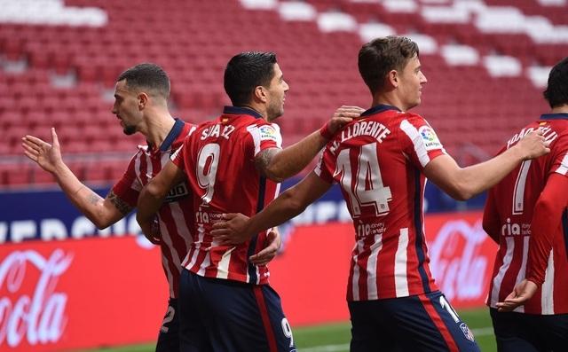 Luis Suarez lập cú đúp, Atletico tiếp tục dẫn đầu La Liga - 10