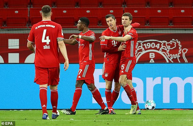 Lewandowski tỏa sáng cùng Bayern Munich sau khi giành giải The Best - 6