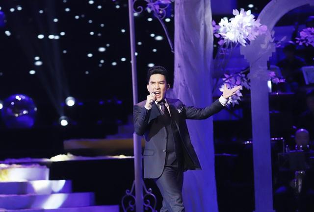 Hồ Quỳnh Hương biểu diễn trên sân khấu gây bất ngờ với khán giả Thủ đô - 5