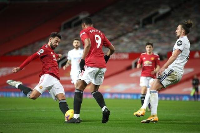 Thắng đậm Leeds, Man Utd chen chân vào top 3 Premier League - 8