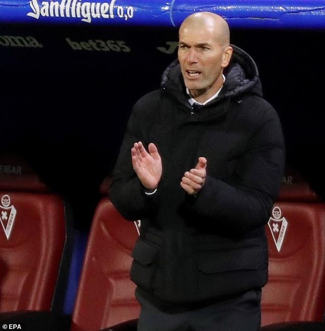 Real Madrid san bằng cách biệt điểm số với đội đầu bảng Atletico - 8