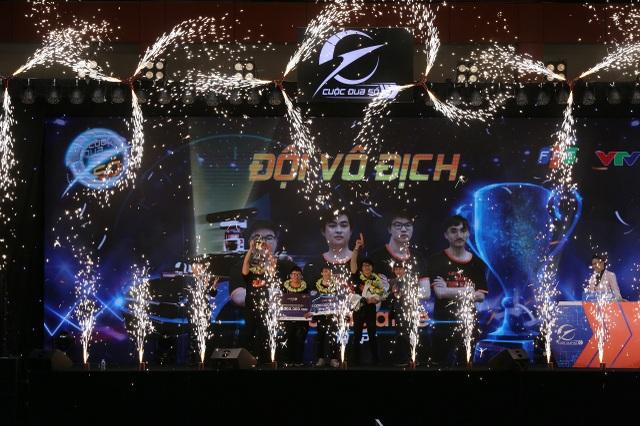 Cuộc đua số 2020 tìm được đội chiến thắng với giải thưởng 1 tỷ đồng - 1
