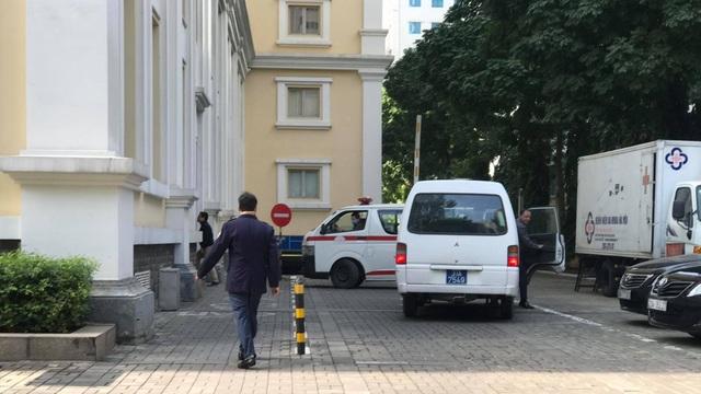 Hà Nội: Một Cục trưởng của Bộ Tài chính tử vong tại cơ quan - 1