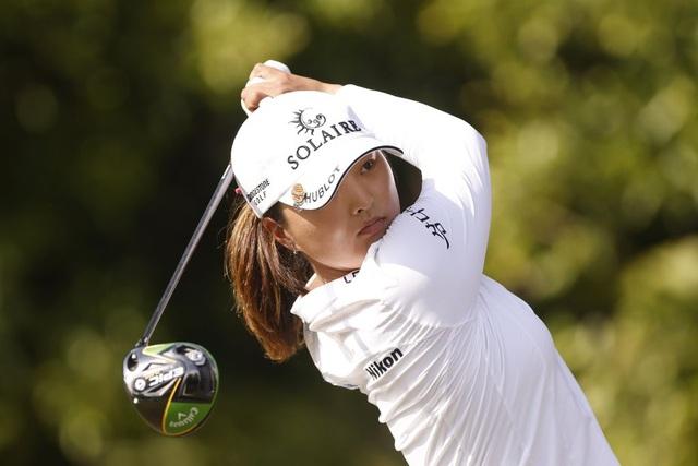Nữ golf thủ xinh đẹp vô địch CME Group Tour Championship - 1