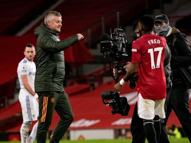 Thắng đậm Leeds, Man Utd chen chân vào top 3 Premier League - 21