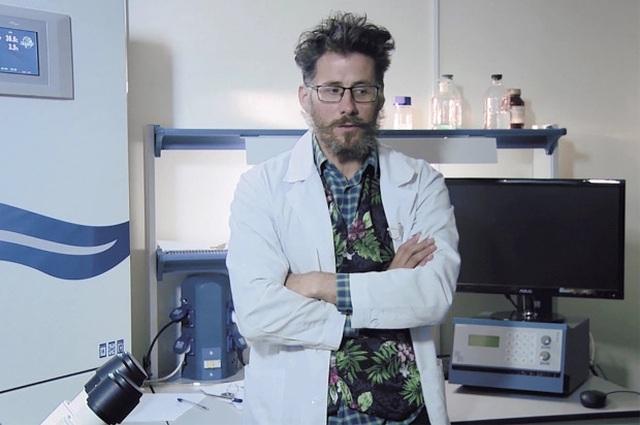 Nhà khoa học Nga nghiên cứu vắc xin Covid-19 chết bí ẩn tại nhà riêng - 1
