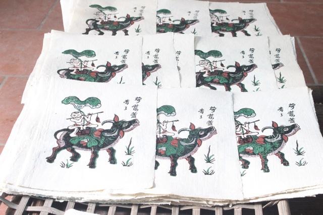 Nữ nghệ nhân dành gần nửa thế kỷ giữ hồn tranh dân gian Đông Hồ - 5