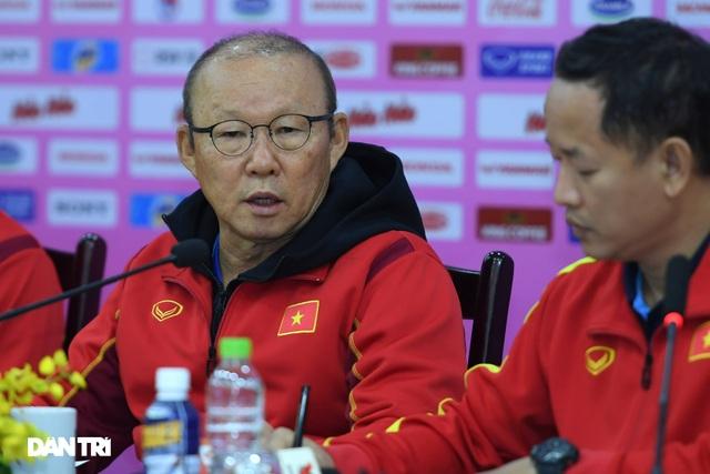 HLV Park Hang Seo: Đội tuyển Việt Nam có thể thua đội U22 - 2