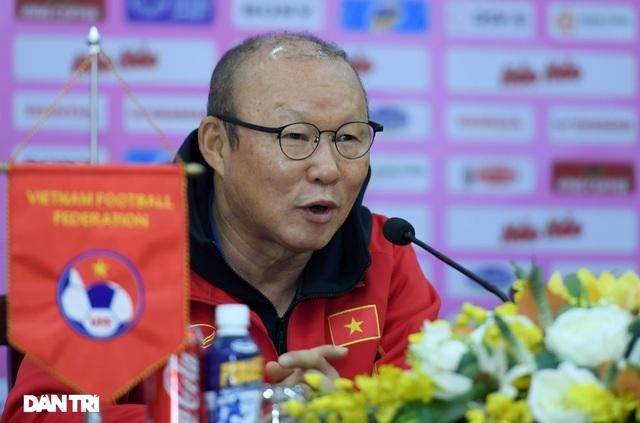 HLV Park Hang Seo: Đội tuyển Việt Nam có thể thua đội U22 - 1