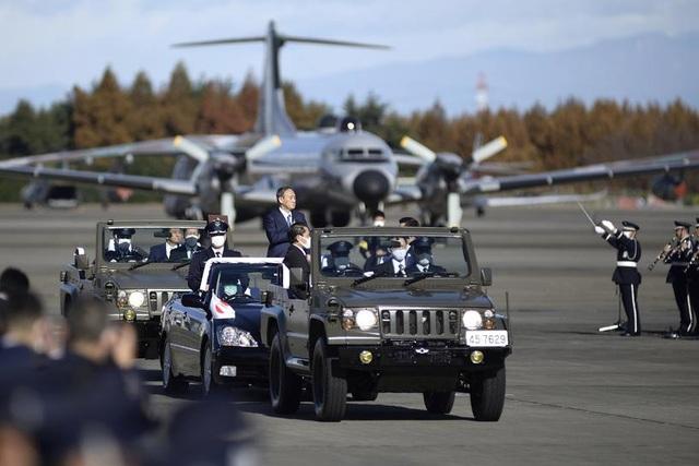Nhật Bản chi ngân sách khủng mua tên lửa, tiêm kích tàng hình - 1