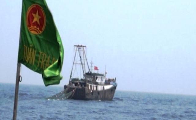 Xua đuổi tàu cá Trung Quốc xâm phạm chủ quyền vùng biển Việt Nam - 1