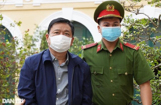 Tuyên án ông Đinh La Thăng 10 năm tù, Đinh Ngọc Hệ tù chung thân - 9