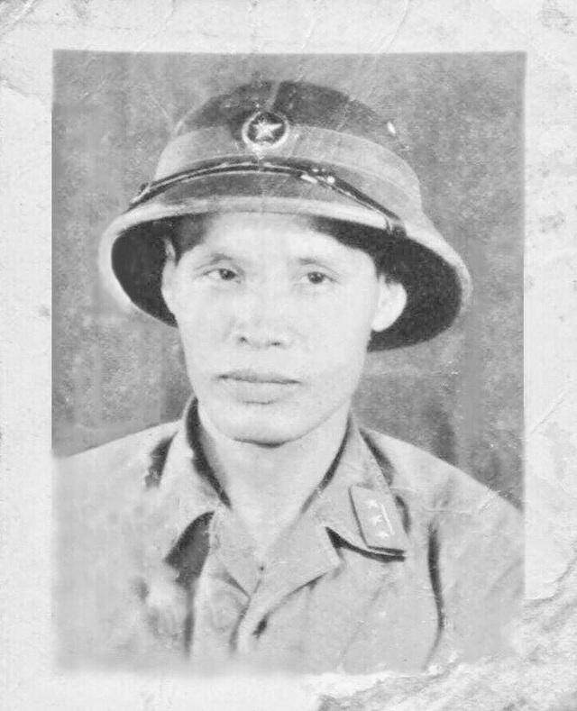 Ký ức về Anh hùng lực lượng vũ trang nhân dân - Bác sĩ Đặng Hữu Tuệ - 1