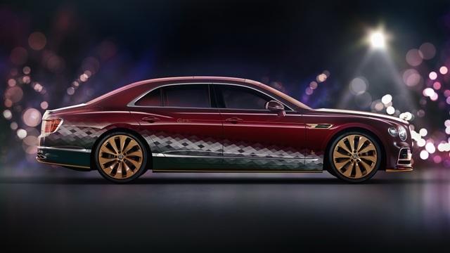 Bentley biến Flying Spur thành xe tuần lộc của ông già Noel - 4