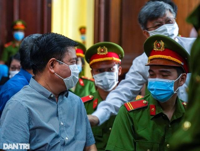Tuyên án ông Đinh La Thăng 10 năm tù, Đinh Ngọc Hệ tù chung thân - 2