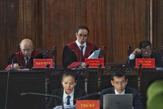Tuyên án ông Đinh La Thăng 10 năm tù, Đinh Ngọc Hệ tù chung thân - 3