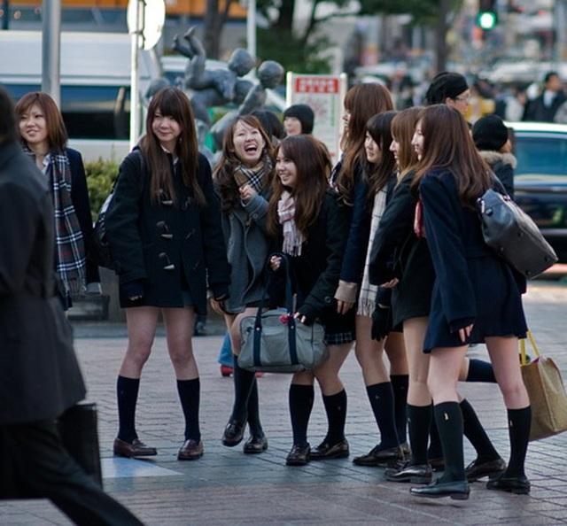 Đồng phục nữ sinh Nhật Bản - Trang phục đi học hay thời trang? - 1
