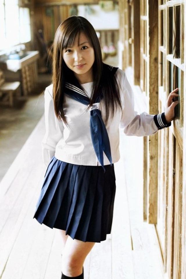 Đồng phục nữ sinh Nhật Bản - Trang phục đi học hay thời trang? - 2