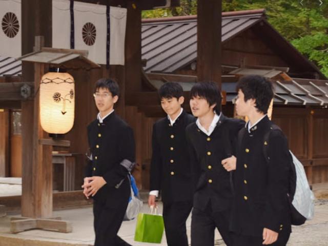 Đồng phục nữ sinh Nhật Bản - Trang phục đi học hay thời trang? - 3