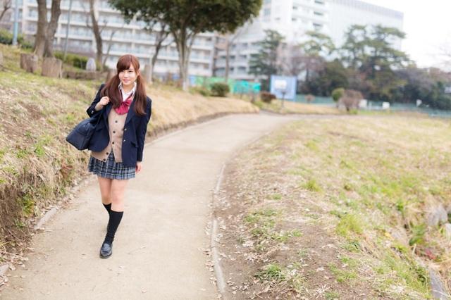 Đồng phục nữ sinh Nhật Bản - Trang phục đi học hay thời trang? - 10