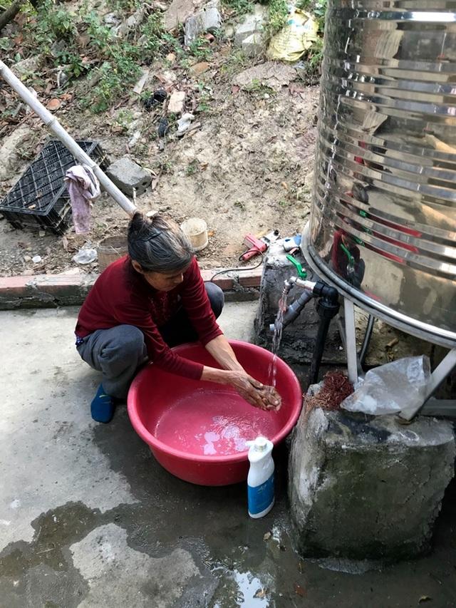 Gần 100 triệu đồng khơi thông nước sạch miễn phí cho người nghèo - 1